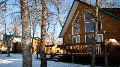 Lake Manitoba Lodge & Resort - Cottage and Cabin Rentals